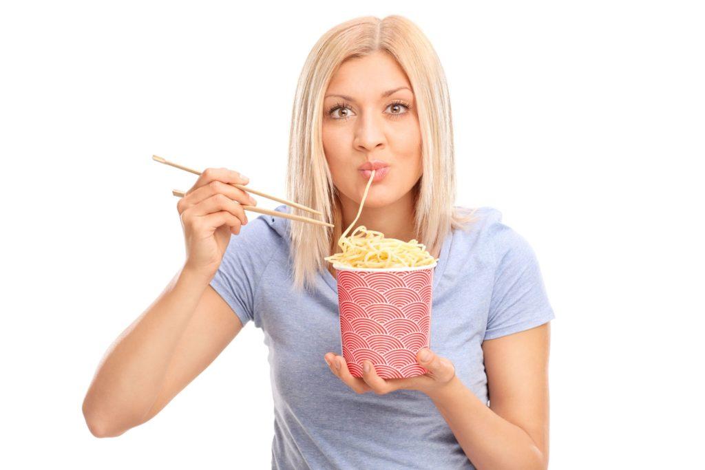 麺類カロリー比較低い